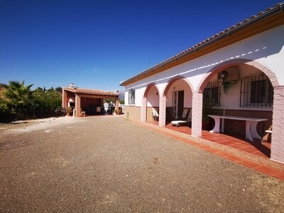 For Sale: Villa in Vinuela Beds: 3 Baths: 1 Price: 279,000€