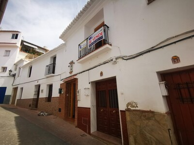 For Sale: Village House in Periana Beds: 2 Baths: 1 Price: 69,950€