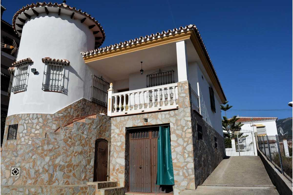 For Sale: Villa in Puente don Manuel Beds: 3 Baths: 1 Price: 200,000€