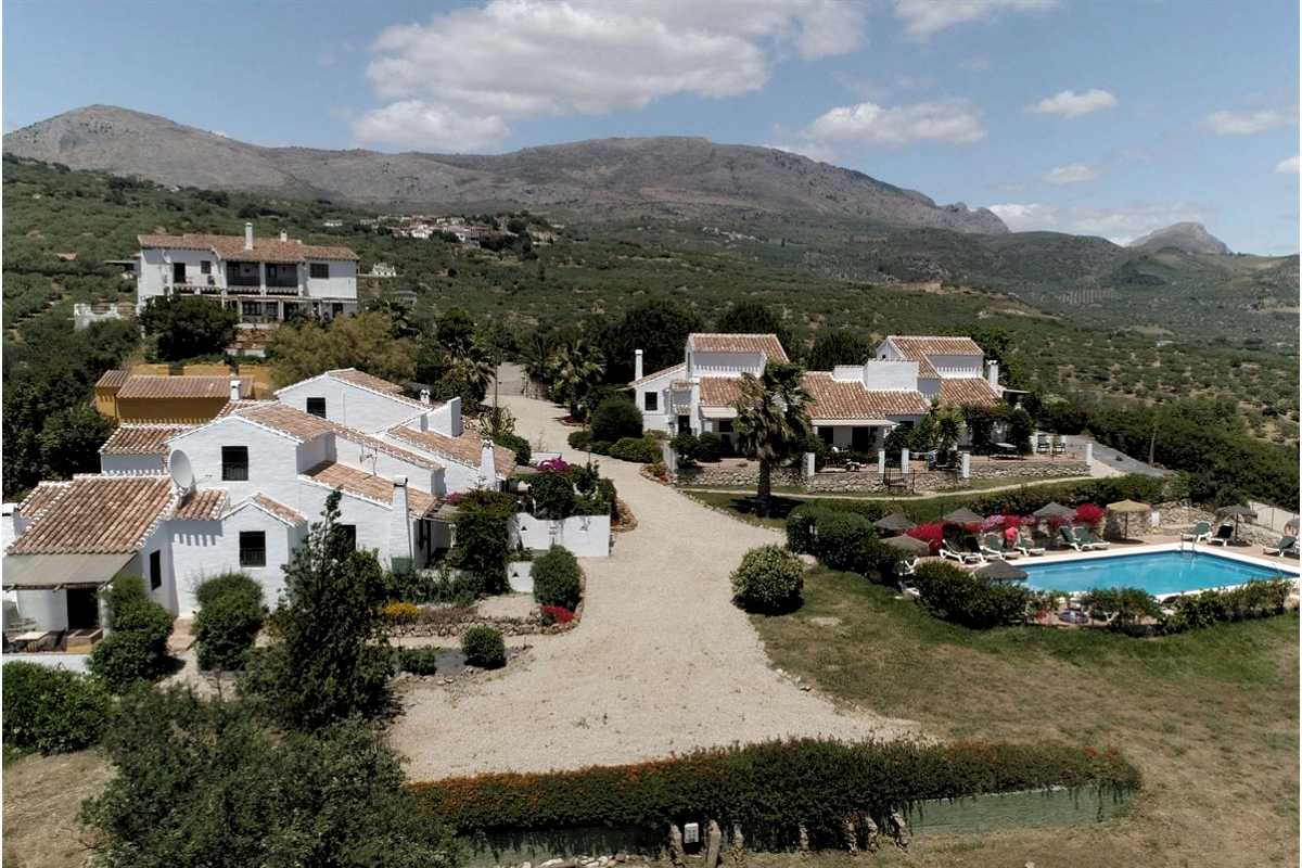 For Sale: Commercial Property in Periana Beds: 16 Baths: 10 Price: 2,500,000€