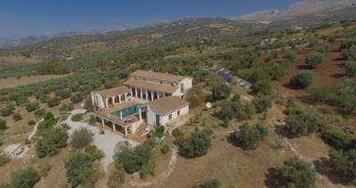 For Sale: Villa in Periana Beds: 7 Baths: 6 Price: 1,600,000€