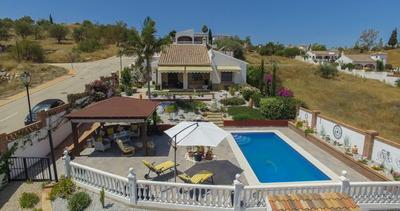 For Sale: Villa in La Vinuela Beds: 3 Baths: 2 Price: 359,000€